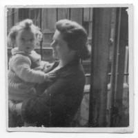 1868. nap: Már csak játék (Anyukám születése)