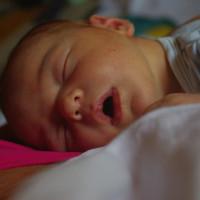 1834. nap: Harmadik szülés: a természetes (Medárd születése)