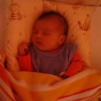 3. mese: EGYetlen leánygyermekecske (Félni a fényt elveszíteni – Nikinek)